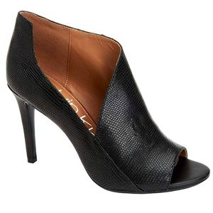 NEW Calvin Klein Nastassia Black Pumps Shoes